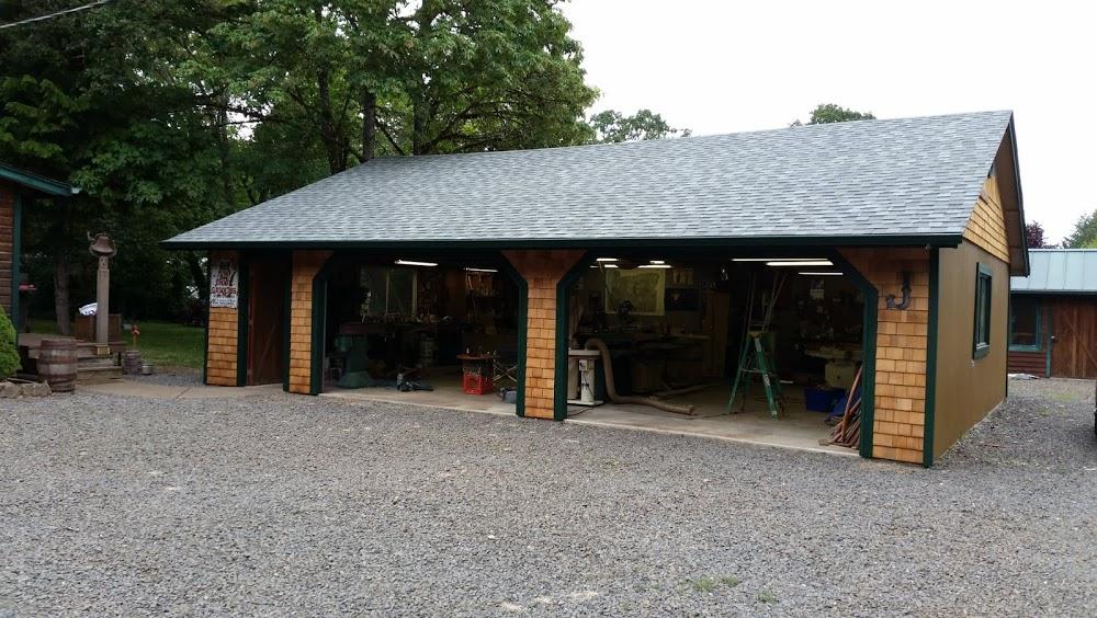 Applegate Construction – A Custom Pole Barn Builder