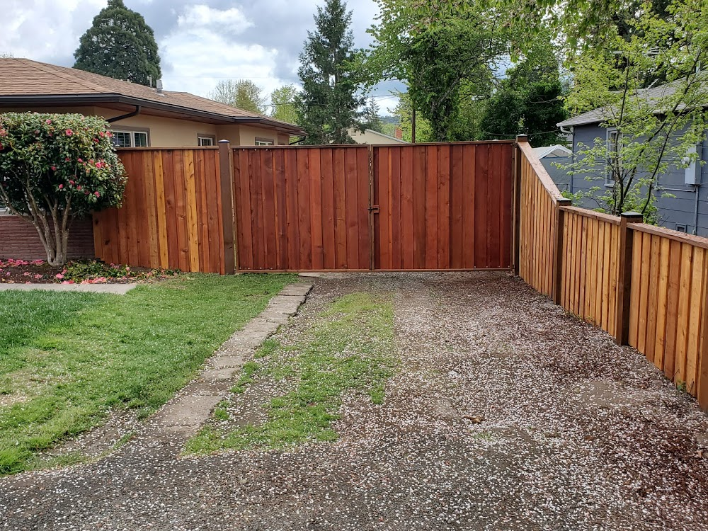 A Touch of Class Fencing and Decking