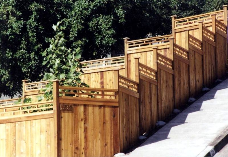 Huckleberry Fence & Deck Co